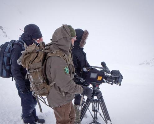 Das Filmteam während der Dreharbeiten in den Tuxer Alpen