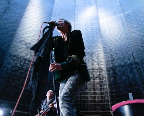 Standbild aus dem Musikvideo Grüne Dosen der Band Nordlicht
